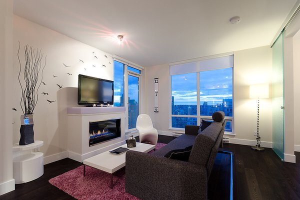 Main Photo: 535 Smithe in Vancouver: Condo for lease