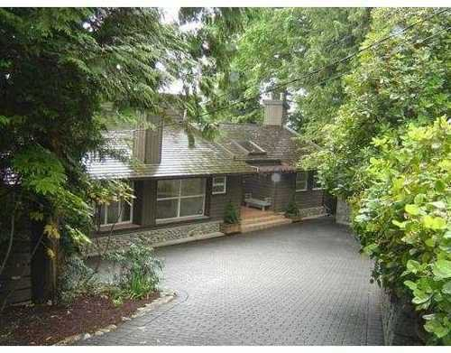 Main Photo: 912 ESQUIMALT Avenue in West Vancouver: Ambleside Home for sale ()  : MLS®# V659544