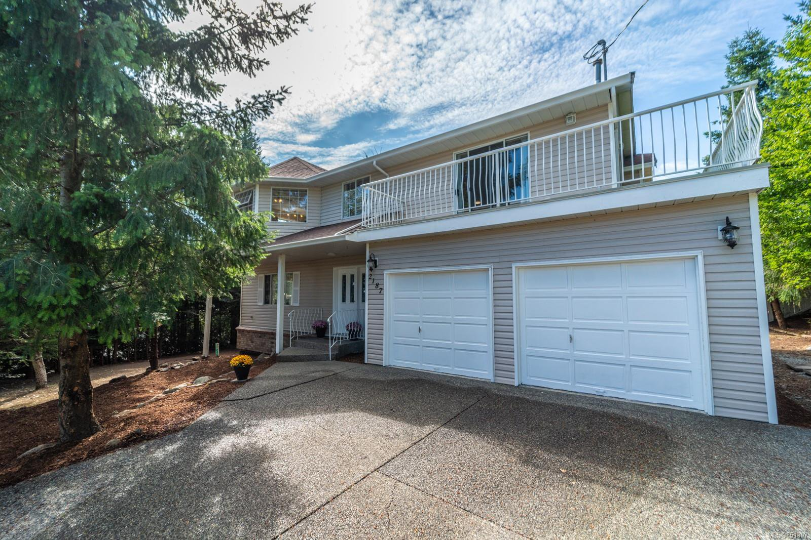 Main Photo: 2187 Stellys Cross Rd in : CS Keating Single Family Detached for sale (Central Saanich)  : MLS®# 851307