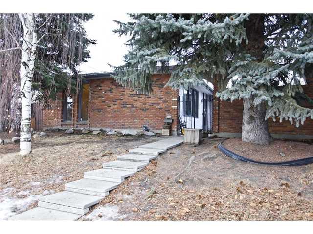 Main Photo: 12172 LAKE WATERTON Crescent SE in CALGARY: Lake Bonavista Residential Detached Single Family for sale (Calgary)  : MLS®# C3550773