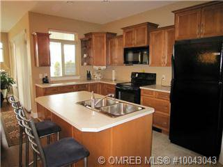 Photo 4: Photos: 238 4035 Gellatly Road in West Kelowna: Westbank Centre Residential Attached for sale (Central Okanagan)  : MLS®# 10043043