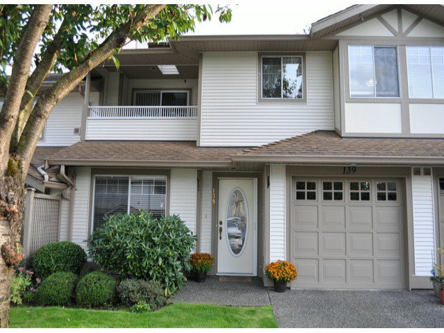 "Main Photo: 139 20391 96TH Avenue in Langley: Walnut Grove Townhouse for sale in ""Chelsea Green"" : MLS®# F1321790"