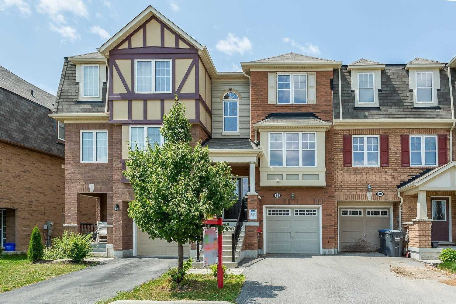 Main Photo: 38 Memory Lane in Brampton: Northwest Brampton House (3-Storey) for sale : MLS®# W4556139