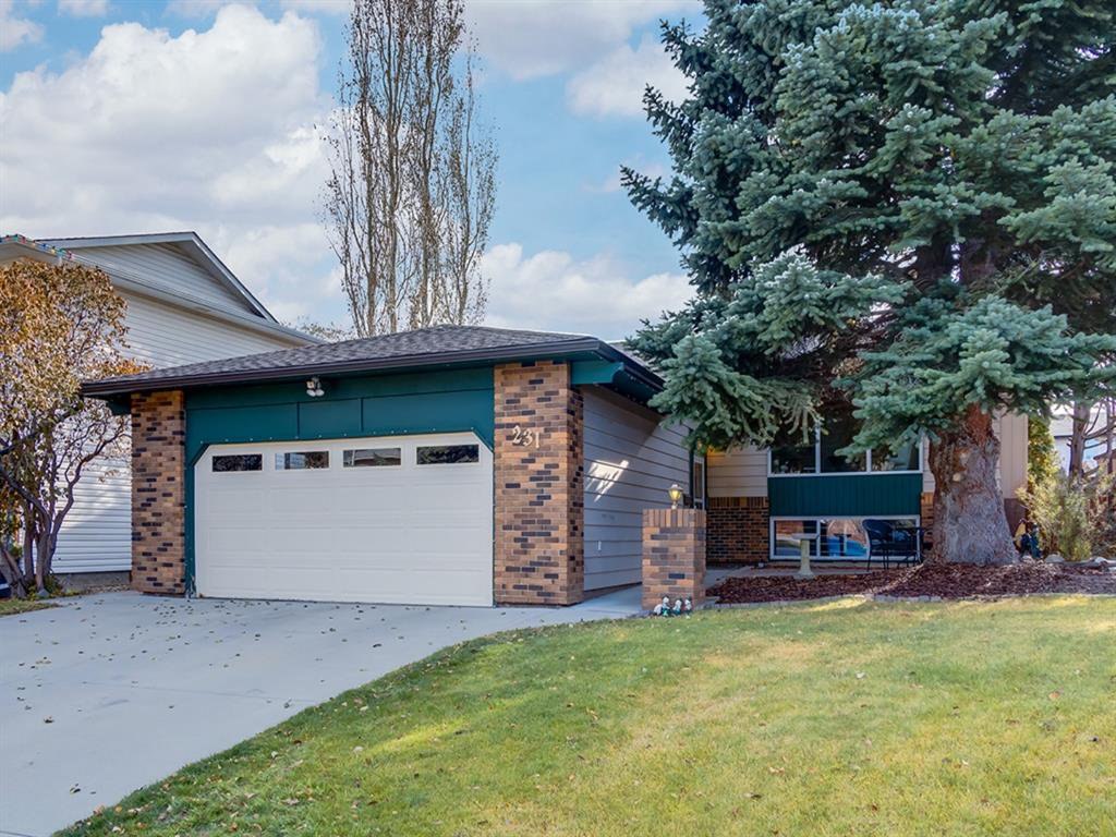 Main Photo: 231 Parkland Rise SE in Calgary: Parkland Detached for sale : MLS®# A1047149