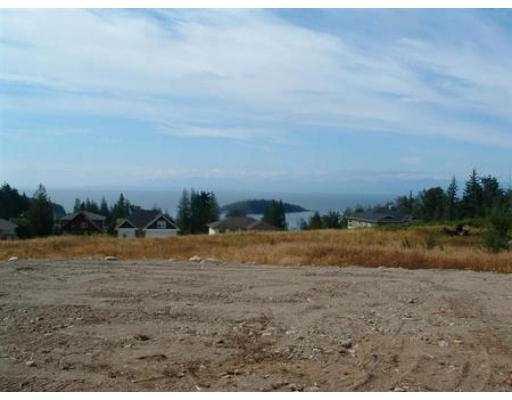 "Photo 6: Photos: 6367 SAMRON RD in Sechelt: Sechelt District House for sale in ""ORCA VISTA"" (Sunshine Coast)  : MLS®# V531287"
