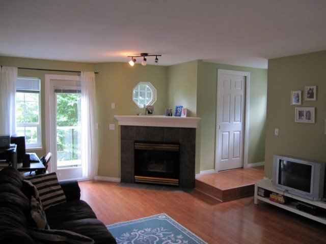 """Photo 2: Photos: 27 11229 232ND Street in Maple Ridge: East Central Townhouse for sale in """"FOXFIELD"""" : MLS®# V1017911"""