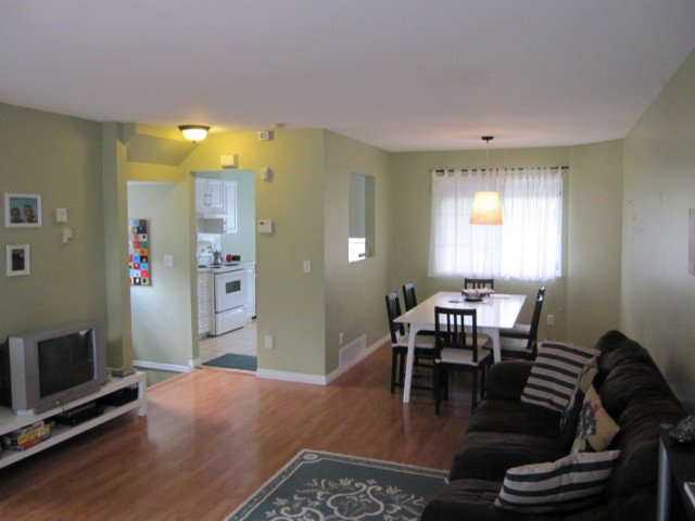 """Photo 3: Photos: 27 11229 232ND Street in Maple Ridge: East Central Townhouse for sale in """"FOXFIELD"""" : MLS®# V1017911"""