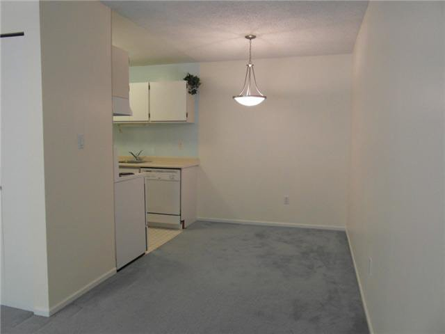 "Photo 7: Photos: 118 6931 COONEY Road in Richmond: Brighouse Condo for sale in ""Dolphin Place"" : MLS®# V1077889"