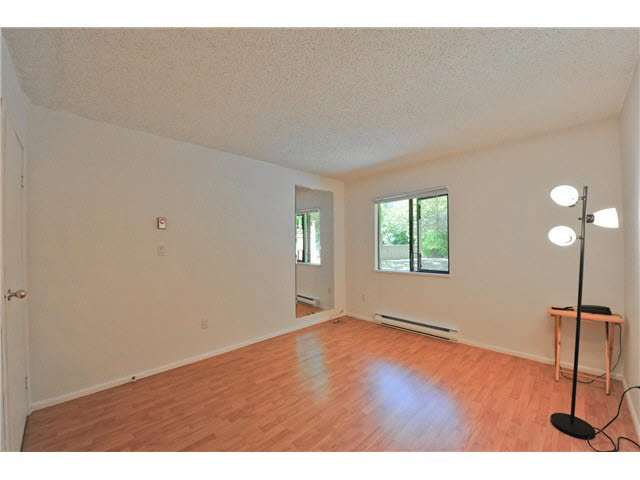 "Photo 8: Photos: 118 6931 COONEY Road in Richmond: Brighouse Condo for sale in ""Dolphin Place"" : MLS®# V1077889"