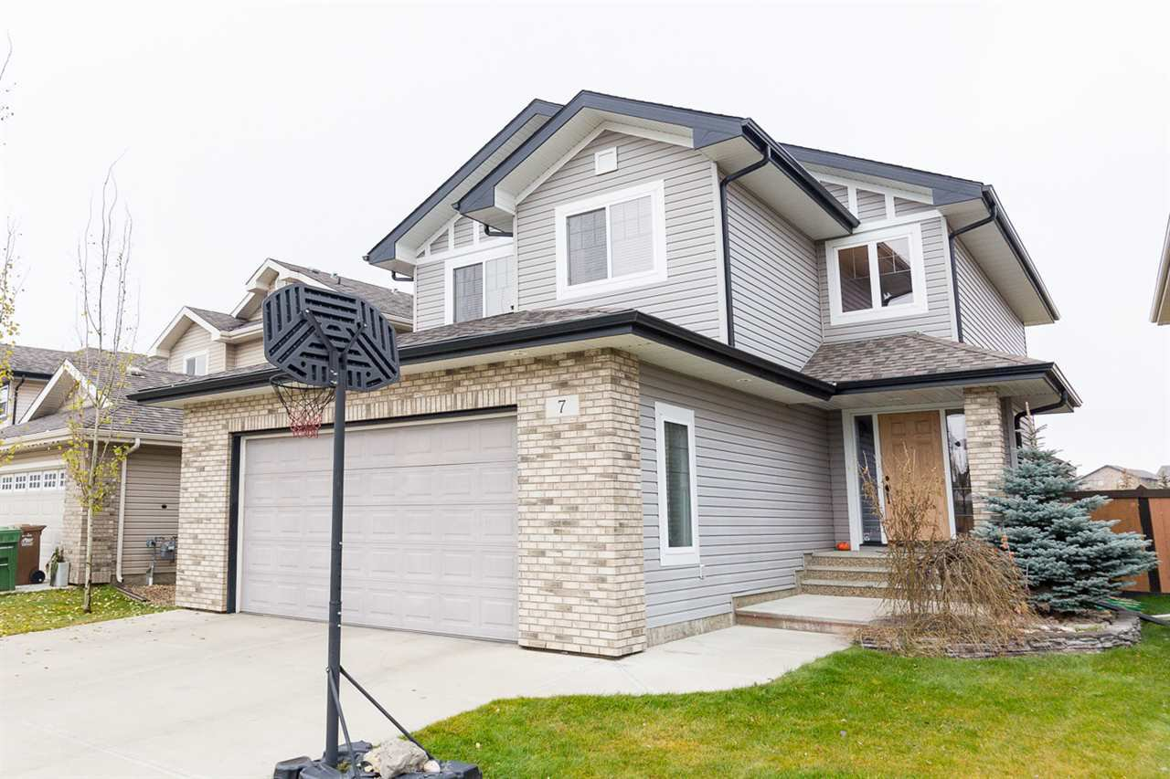Main Photo: 7 NAPOLEON CR: St. Albert House for sale : MLS®# E4042641