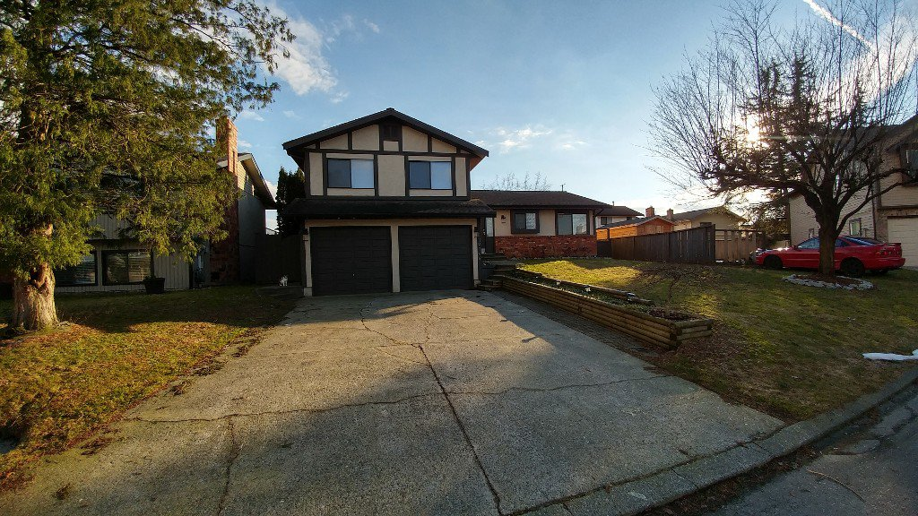 Main Photo: 32744 Nanaimo Close in Abbotsford: Abbotsford West House for rent