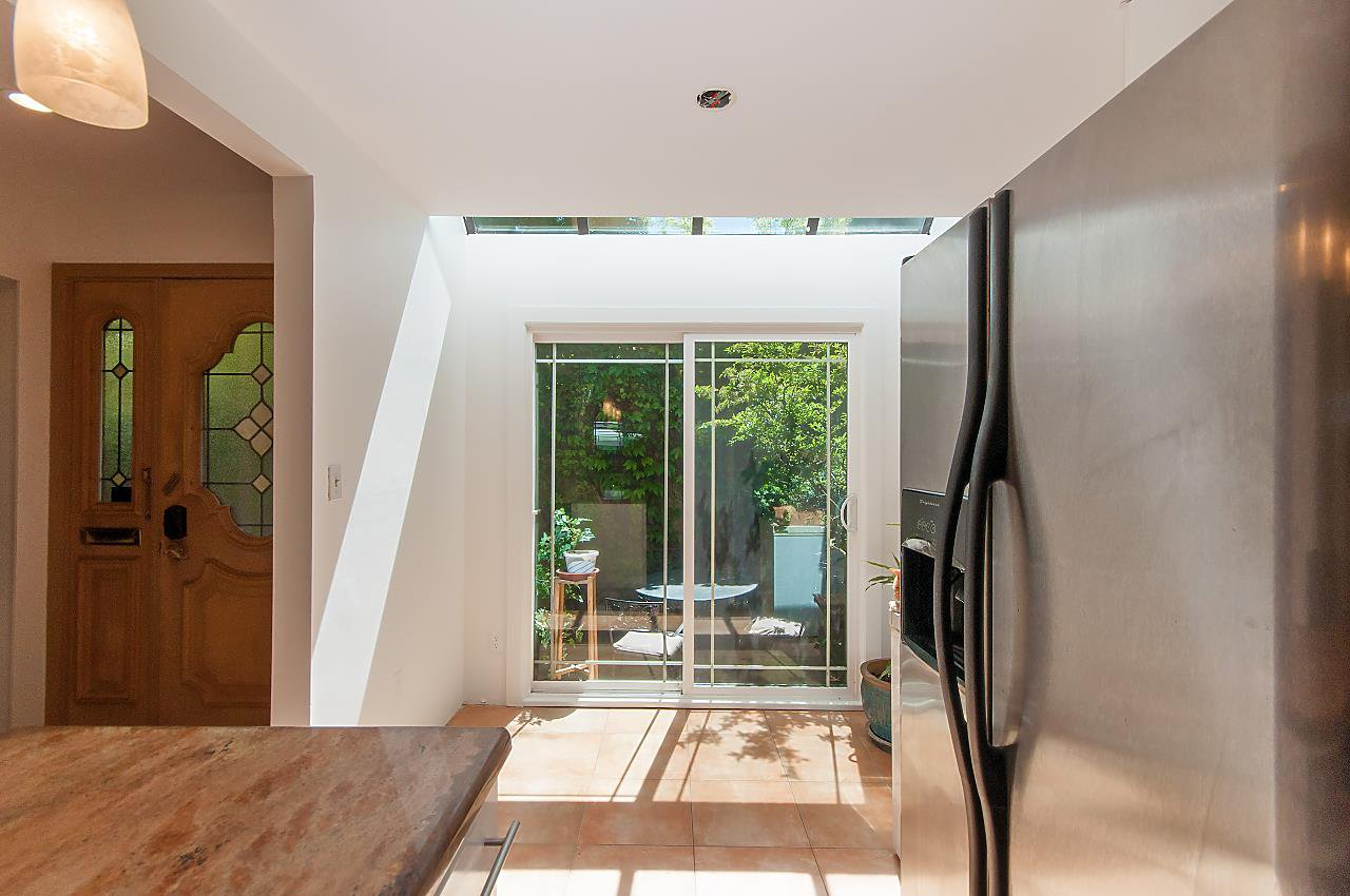 Photo 8: Photos: 3 3301 W 16TH AVENUE in Vancouver: Kitsilano Townhouse for sale (Vancouver West)  : MLS®# R2280618
