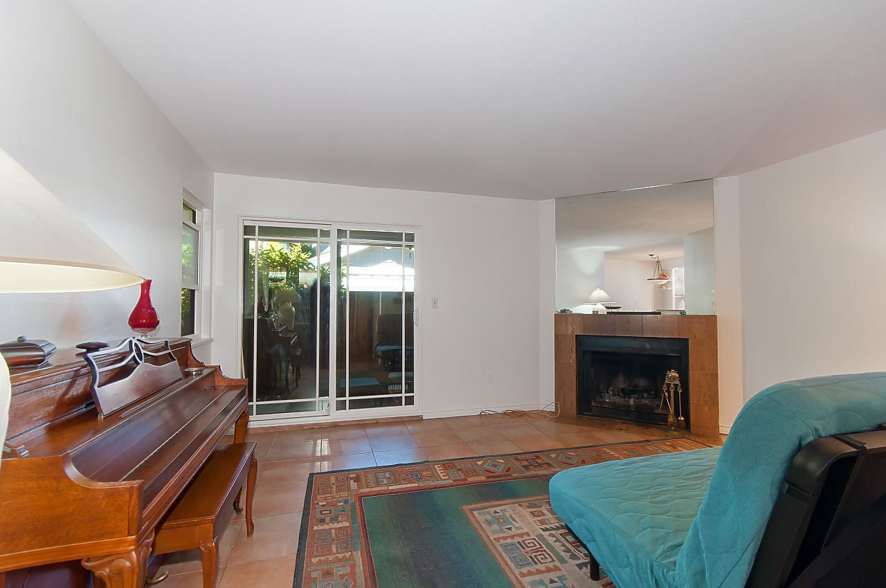Photo 9: Photos: 3 3301 W 16TH AVENUE in Vancouver: Kitsilano Townhouse for sale (Vancouver West)  : MLS®# R2280618