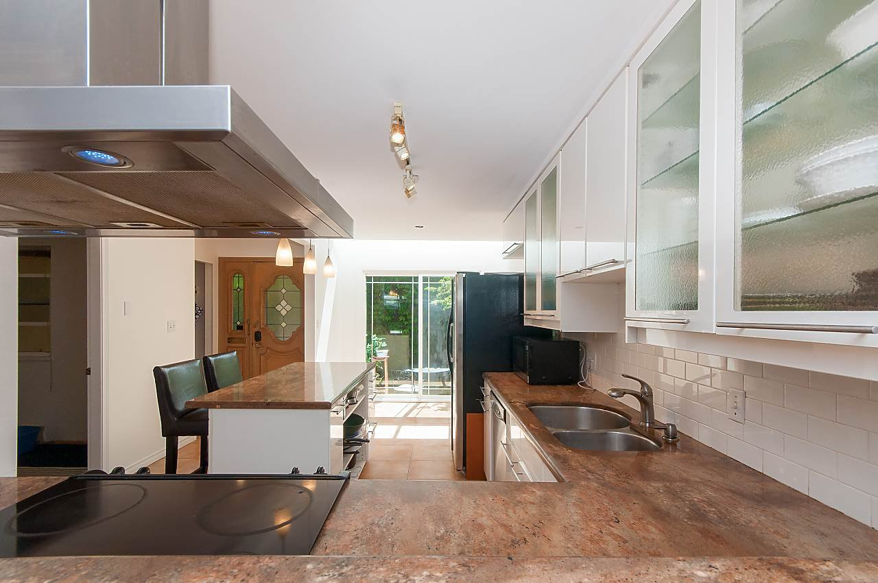 Photo 7: Photos: 3 3301 W 16TH AVENUE in Vancouver: Kitsilano Townhouse for sale (Vancouver West)  : MLS®# R2280618