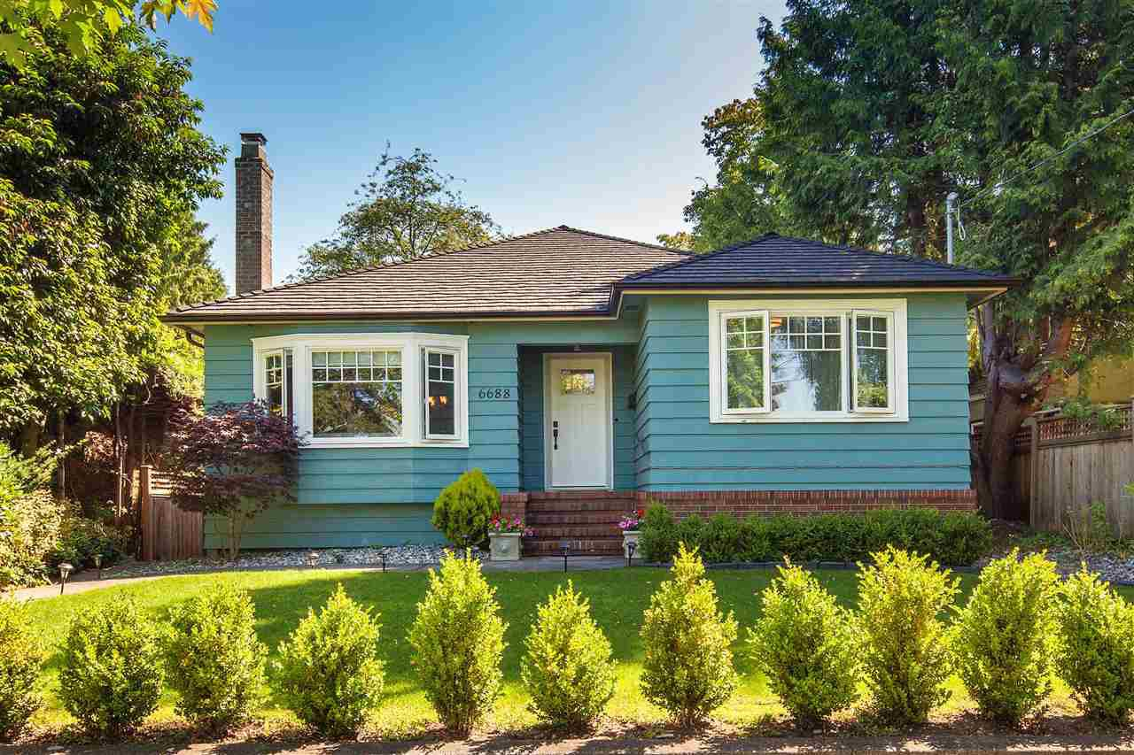 Main Photo: 6688 EAST BOULEVARD in : Kerrisdale House for sale (Vancouver West)  : MLS®# R2086716