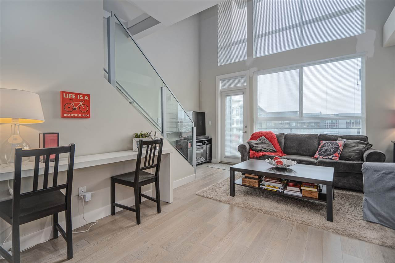 """Main Photo: 301 3090 GLADWIN Road in Abbotsford: Central Abbotsford Condo for sale in """"Hudsons Loft"""" : MLS®# R2441668"""