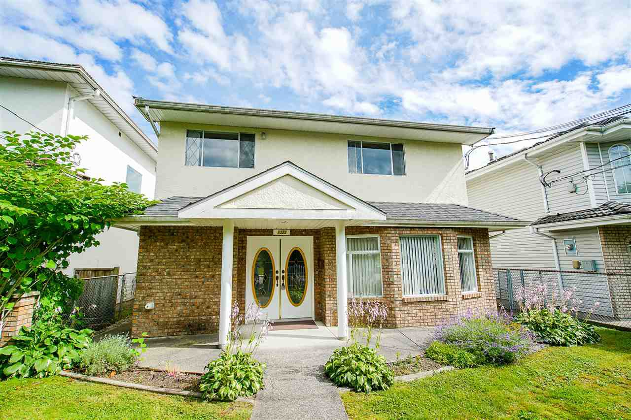"Main Photo: 7322 13TH Avenue in Burnaby: Edmonds BE House for sale in ""Edmonds"" (Burnaby East)  : MLS®# R2477646"