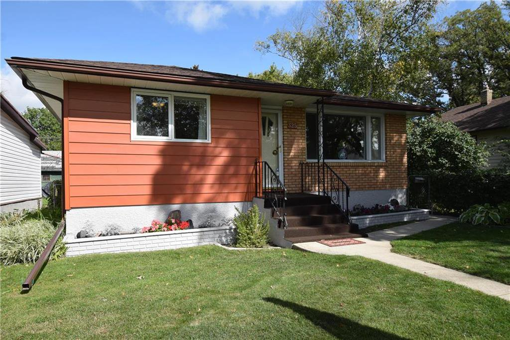 Main Photo: 325 Greene Avenue in Winnipeg: East Kildonan Residential for sale (3D)  : MLS®# 202023383