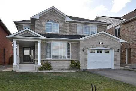 Main Photo: 8 Benmore Crest in Brampton: Vales of Castlemore House (2-Storey) for sale : MLS®# W2334751