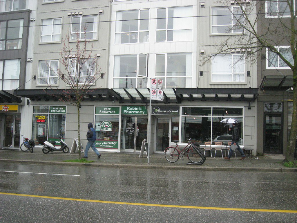 Photo 1: Photos: 916 Commercial Dr in Vancouver: Home for sale
