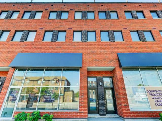 Main Photo: 873 Wilson Ave Unit #5 in Toronto: Downsview-Roding-CFB Condo for sale (Toronto W05)  : MLS®# W3597944