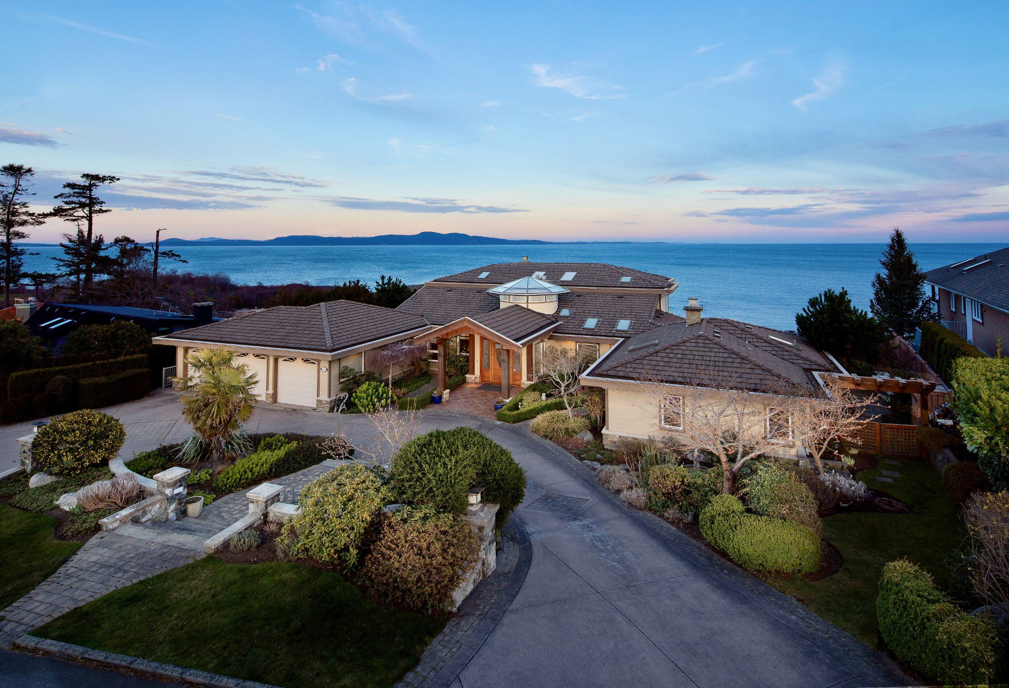 Main Photo: Oceanfront prestigious Masterpiece 4461 Shore Way Victoria BC