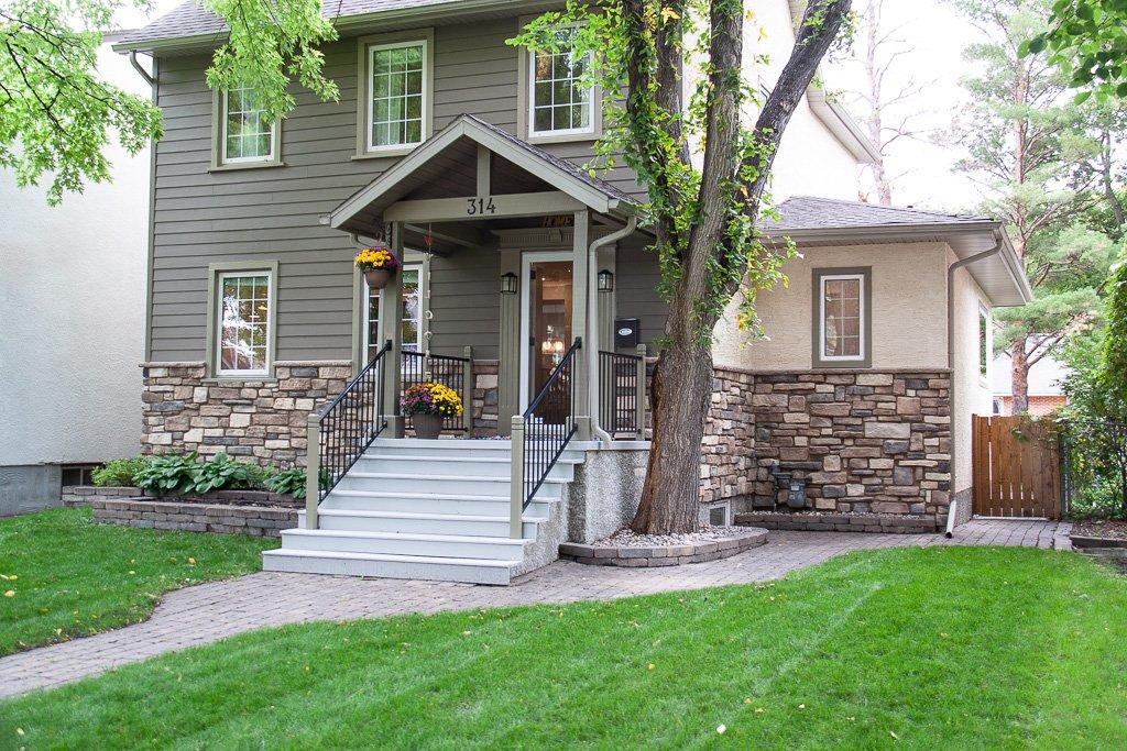 Main Photo: 314 Borebank Street in Winnipeg: River Heights Residential for sale (1C)  : MLS®# 1926467