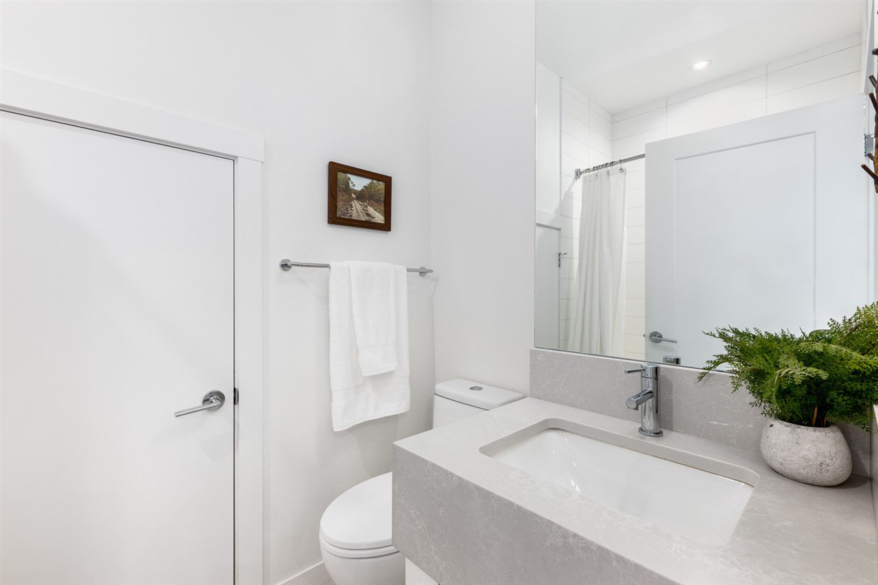 Photo 14: Photos: 101 1872 PARKER Street in Vancouver: Grandview Woodland Condo for sale (Vancouver East)  : MLS®# R2427065