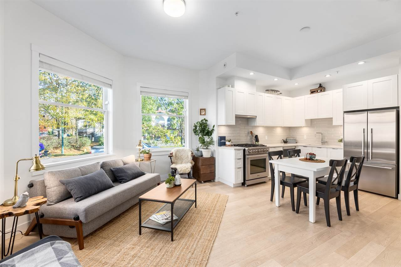 Photo 6: Photos: 101 1872 PARKER Street in Vancouver: Grandview Woodland Condo for sale (Vancouver East)  : MLS®# R2427065