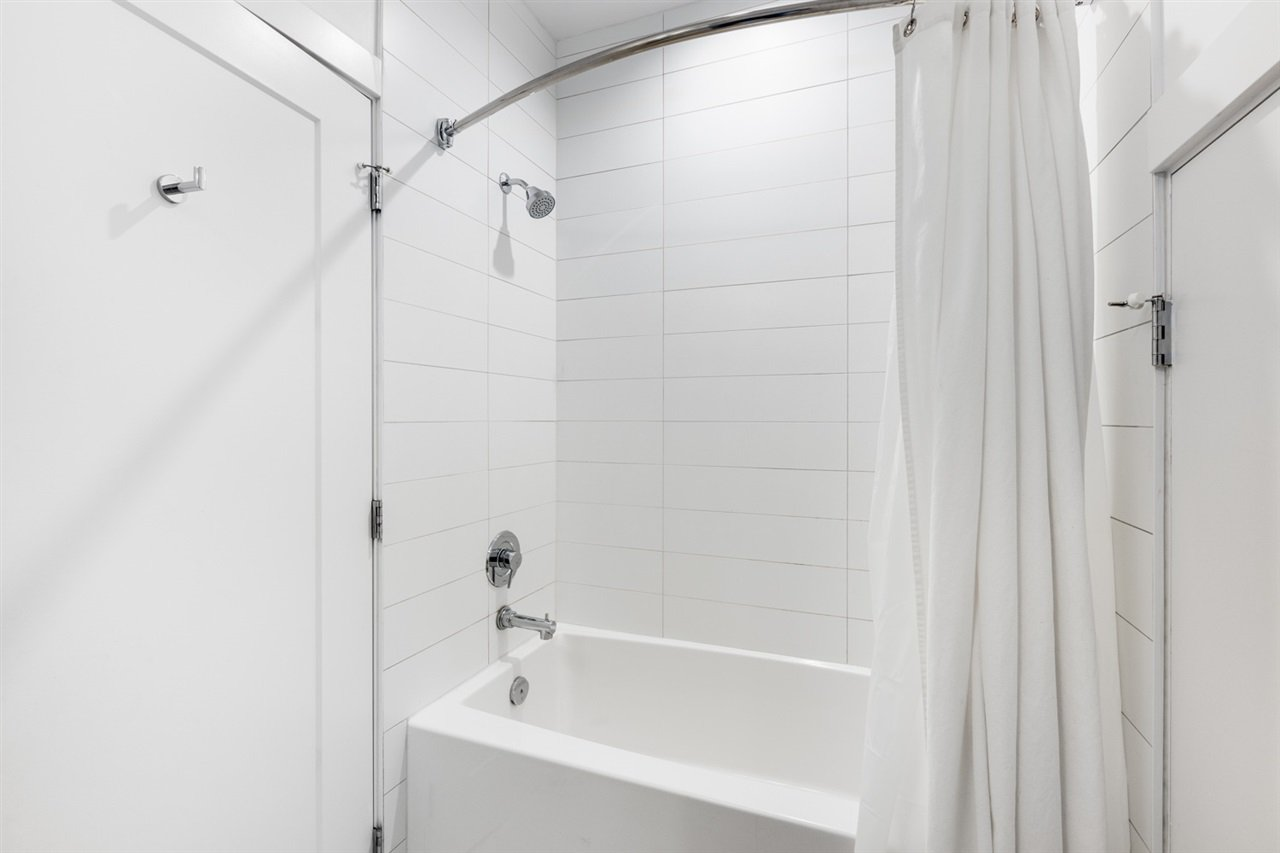 Photo 17: Photos: 101 1872 PARKER Street in Vancouver: Grandview Woodland Condo for sale (Vancouver East)  : MLS®# R2427065