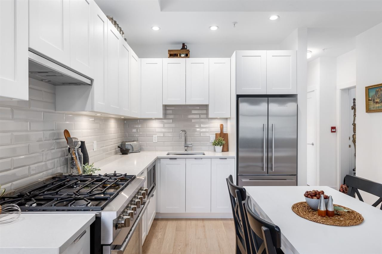 Photo 11: Photos: 101 1872 PARKER Street in Vancouver: Grandview Woodland Condo for sale (Vancouver East)  : MLS®# R2427065