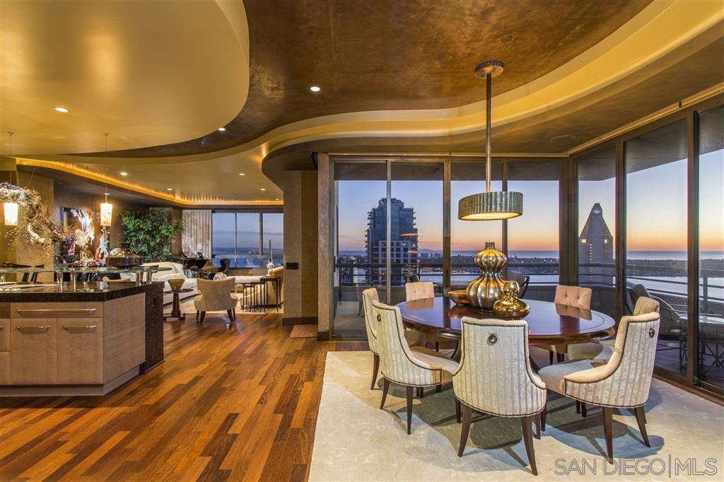 Main Photo: DOWNTOWN Condo for sale : 3 bedrooms : 700 Front St #2501 in San Diego
