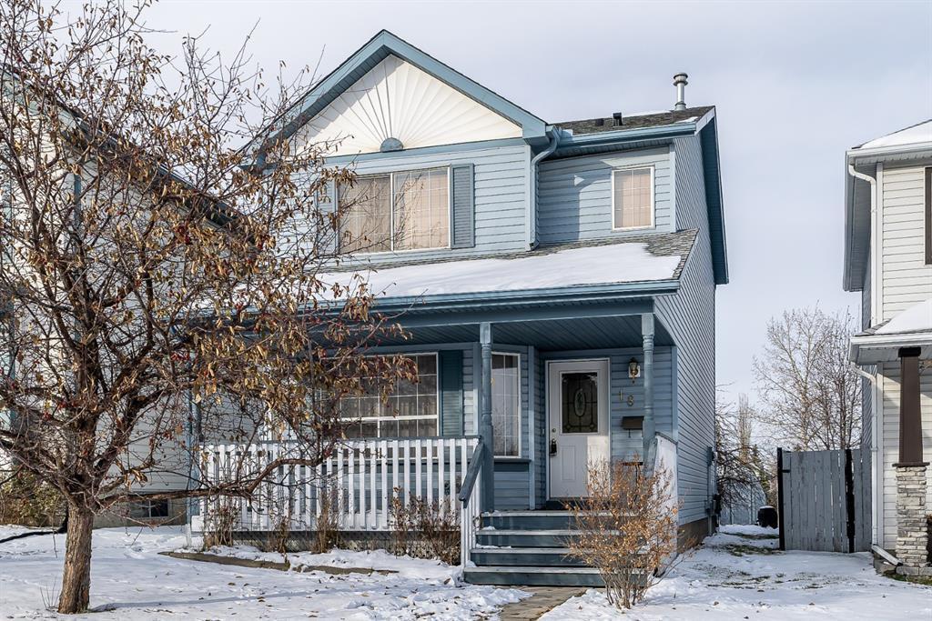 Main Photo: 18 Hidden Hills Way NW in Calgary: Hidden Valley Detached for sale : MLS®# A1049321