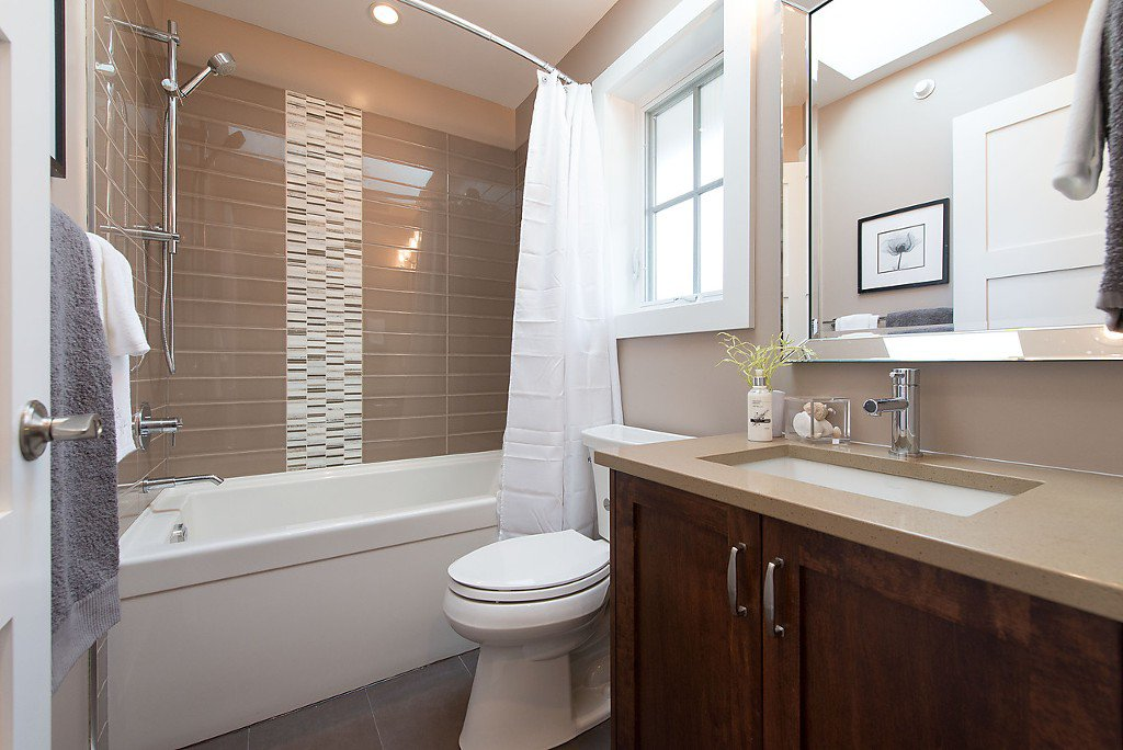 Photo 16: Photos: 3132 W 7TH Avenue in Vancouver: Kitsilano House 1/2 Duplex for sale (Vancouver West)  : MLS®# V1076501