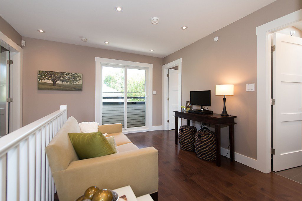 Photo 10: Photos: 3132 W 7TH Avenue in Vancouver: Kitsilano House 1/2 Duplex for sale (Vancouver West)  : MLS®# V1076501