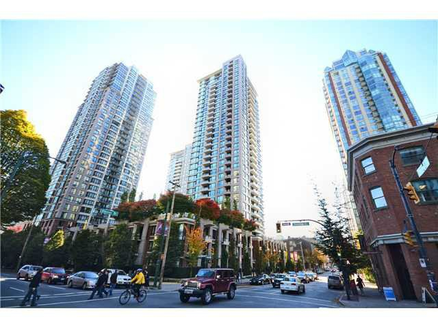 Main Photo: 1805 928 Homer Street in Vancouver: Yaletown Condo for sale (Vancouver West)  : MLS®# V1093631