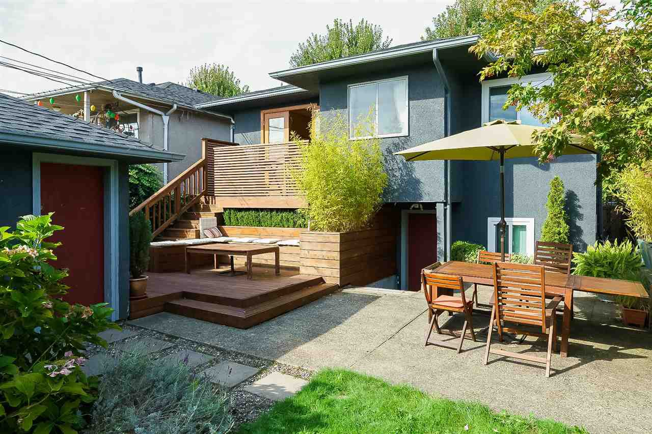 Main Photo: 2436 TURNER STREET in Vancouver: Renfrew VE House for sale (Vancouver East)  : MLS®# R2116043