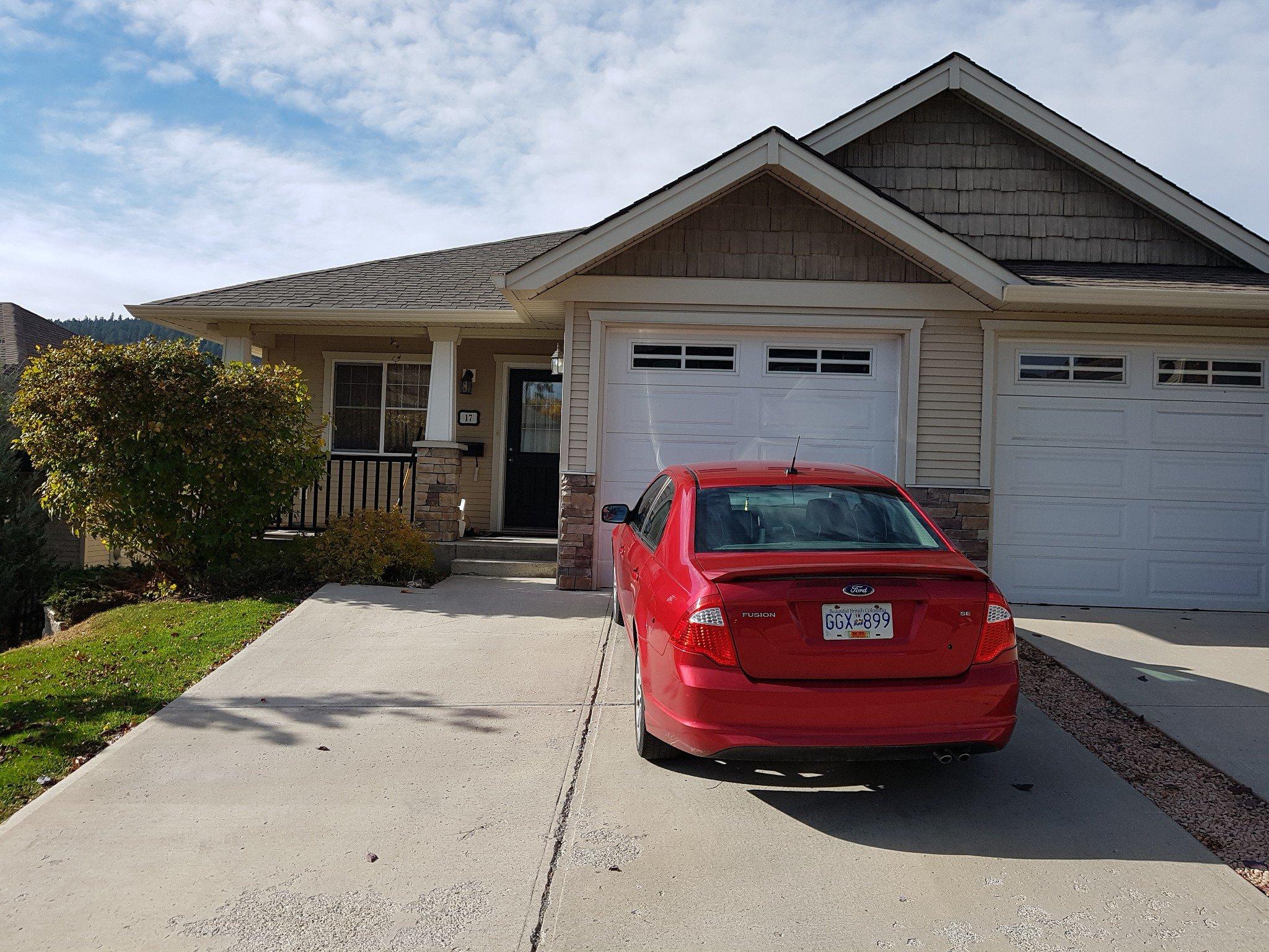 Main Photo: 17 1940 HILLSIDE DR in KAMLOOPS: MT DUFFERIN House 1/2 Duplex for sale : MLS®# 146436