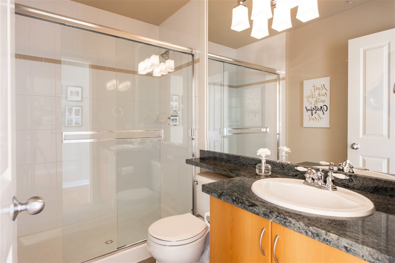 Photo 16: Photos: 401 675 PARK CRESCENT in New Westminster: GlenBrooke North Condo for sale : MLS®# R2304752