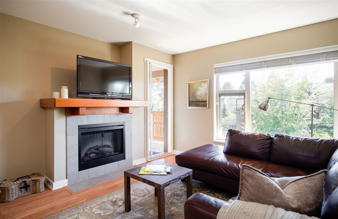 Photo 1: Photos: 401 675 PARK CRESCENT in New Westminster: GlenBrooke North Condo for sale : MLS®# R2304752