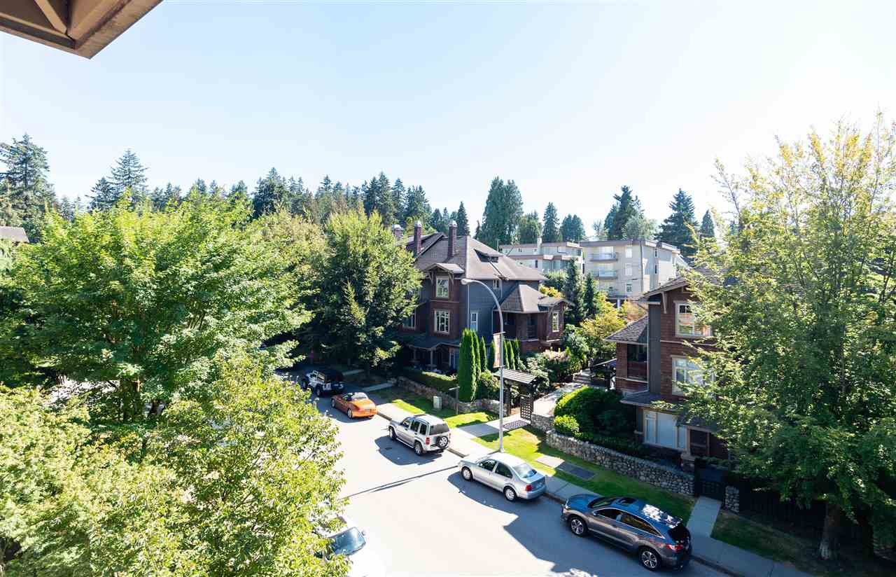 Photo 9: Photos: 401 675 PARK CRESCENT in New Westminster: GlenBrooke North Condo for sale : MLS®# R2304752