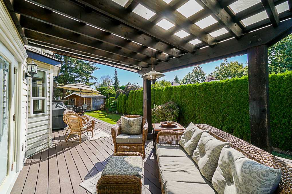 Photo 18: Photos: 5927 169A STREET in Surrey: Cloverdale BC House for sale (Cloverdale)  : MLS®# R2306406