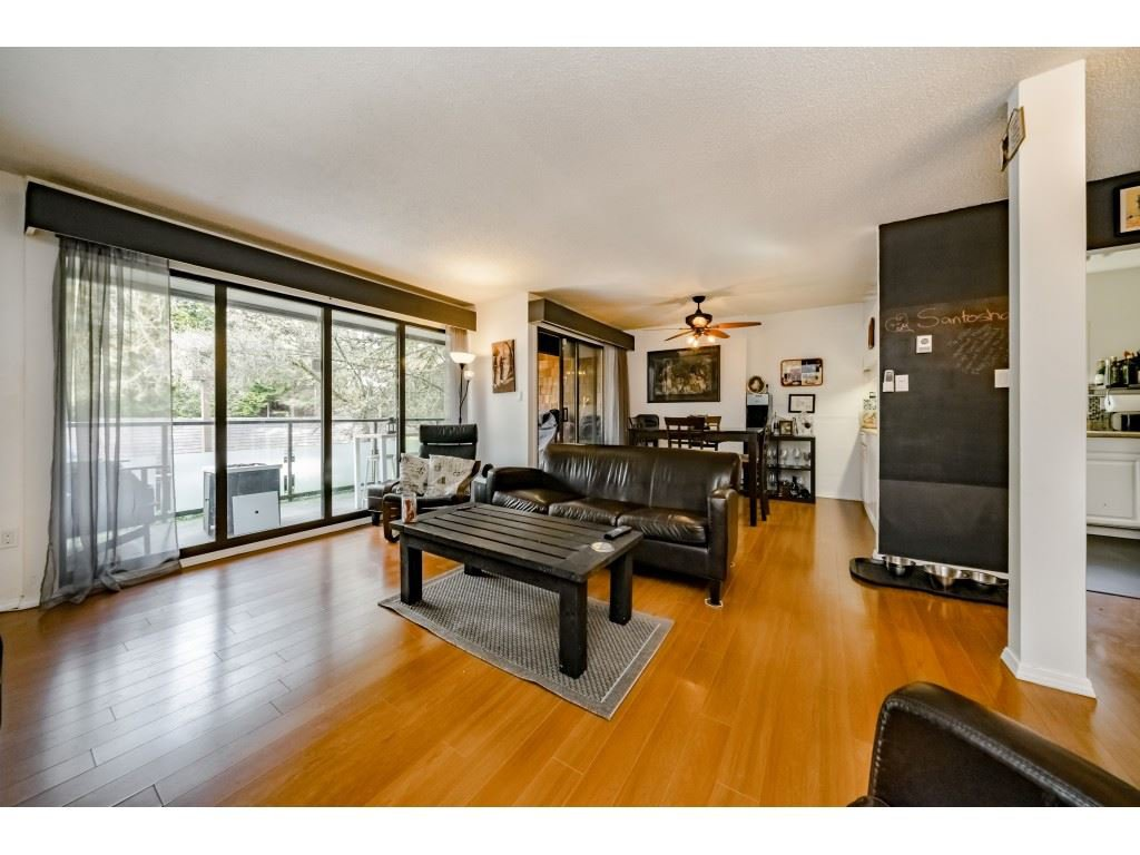Main Photo: 4179 Bridgewater Crescent in Burnaby: Cariboo Townhouse for sale (Burnaby North)  : MLS®# R2358529