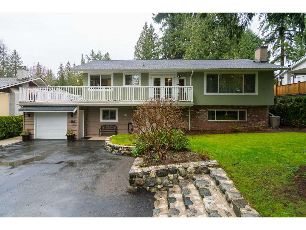 """Main Photo: 4620 209A Street in Langley: Langley City House for sale in """"Uplands"""" : MLS®# R2431570"""