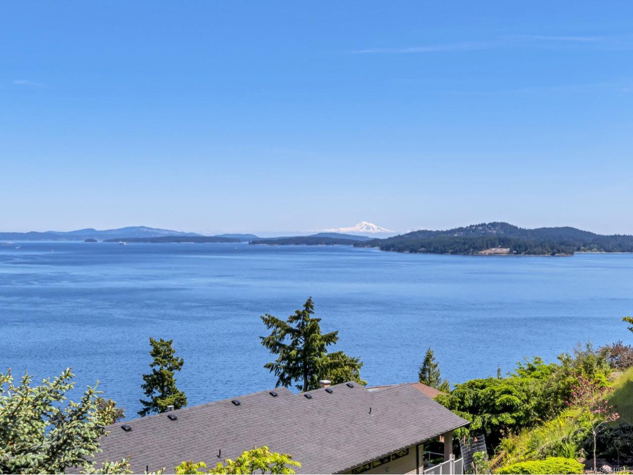 Main Photo: 475 Seaview Way in COBBLE HILL: ML Cobble Hill House for sale (Malahat & Area)  : MLS®# 840546