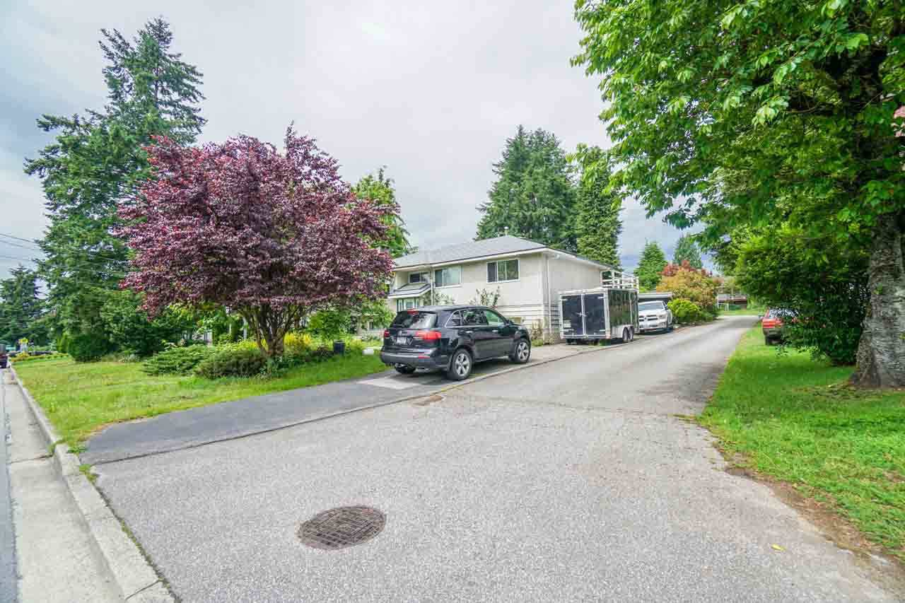 Main Photo: 707 ACCACIA AVENUE in : Coquitlam West House for sale : MLS®# R2178724