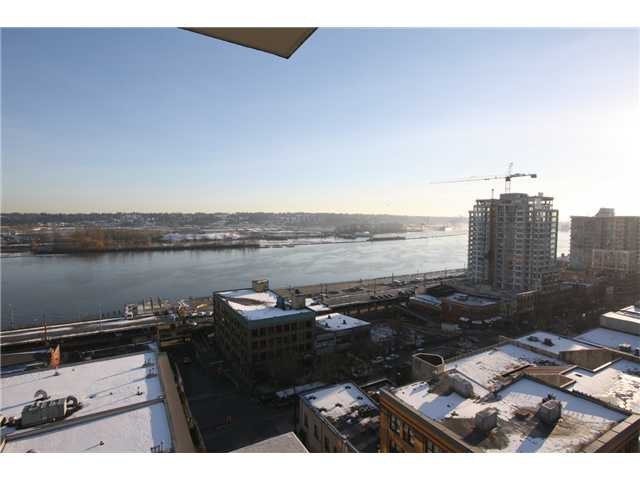 Main Photo: # 1205 39 SIXTH ST in New Westminster: Downtown NW Condo for sale : MLS®# V1095957