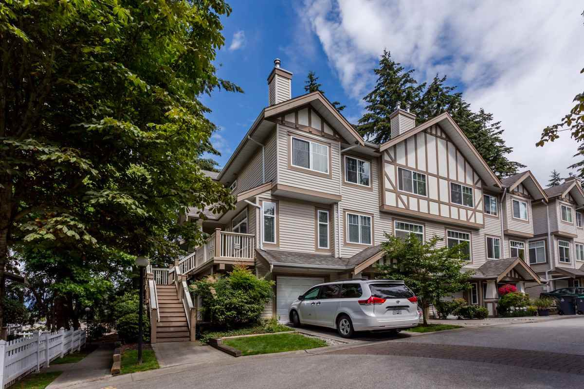 Main Photo: 32 2678 KING GEORGE BOULEVARD in Surrey: King George Corridor Townhouse for sale (South Surrey White Rock)  : MLS®# R2086270
