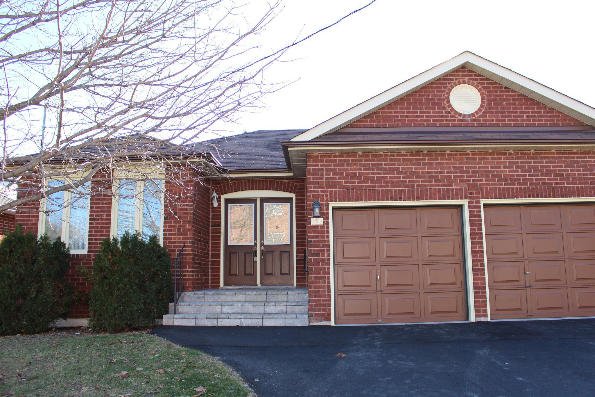 Main Photo: 719 Carlisle Street in Cobourg: Residential Detached for sale : MLS®# 166753