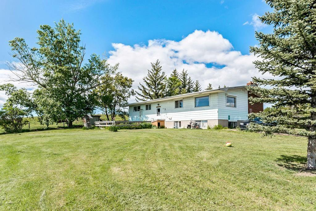 Main Photo: 386091 112 Street: Rural Foothills County Detached for sale : MLS®# C4301628